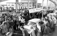 Grenzübergang Berlin. Foto: Bundesarchiv, Bild 183-1989-1118-028 / Unknown / CC-BY-SA