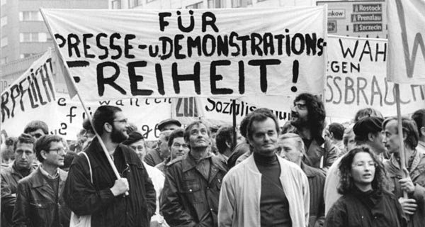 Demonstration am 4. November 1989, Berliner Alexanderplatz